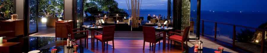 Hotels with Restaurant