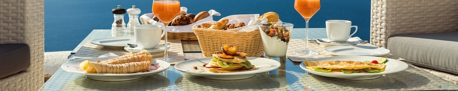 Hotels with Free Breakfast