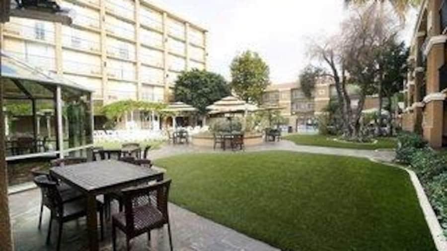 The Hotel Fullerton