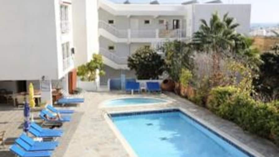 Antonis G Hotel Apartments