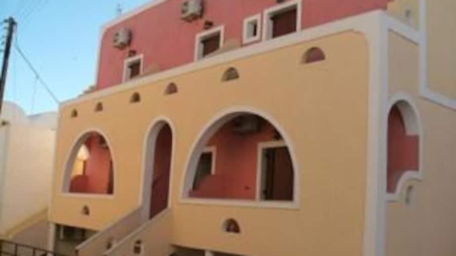 Emmanouela Studios & Villas